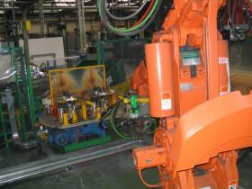 Robotska celica-ABB-Pogonska tehnika-BAUER-Reduktor, gonilo, predležje-Industrijska oprema-dvigala-dvižni sistemi-ABUS-zastopstvo TALER ING-TALER-Industrijska oprema-linije
